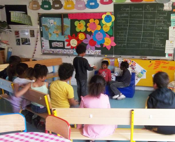 La Boîte à histoires DULALA en maternelle